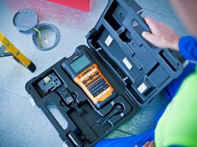Ứng dụng máy in nhãn Brother P-Touch trong ngành điện - viễn thông.